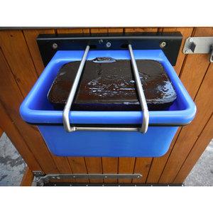 Horslyx liksteenhouder/veulenvoerbak wandmodel kunststof blauw.