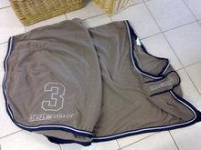 Scapa sports fleece deken taupe/navy.